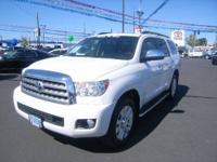 2010 Toyota Sequoia 4dr 4x4 Platinum 5.7L V8 Platinum