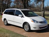 ONE OWNER * NON-SMOKER * ONE OWNER  2010 TOYOTA SIENNA