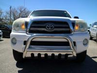 Options:  2010 Toyota Tacoma Prerunner|Super