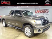SR5 4WD, Front dual zone A/C, Remote keyless entry, SR5