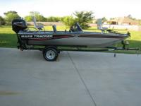 2010 Tracker Pro Crappie 175 with 50hp Mercury 2