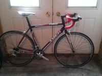 2010 trek 1.2 56cm road bike. Great shape just got a