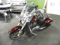 CLEAN 2010 VICTORY CROSS ROADS WITH ONLY 9,477 MILES!