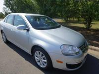 GREAT FUEL ECONOMY, LOOKS, AND AMENITIES!!!!! LEATHER,
