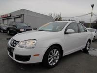 2010 Volkswagen Jetta Sedan 4dr Car Limited Our