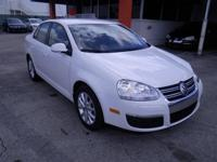 BRAND-NEW ARRIVAL! PRICED BELOW MARKET! THIS JETTA