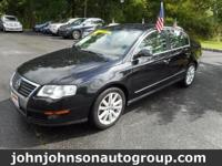*Clean CarFax Vehicle History*. 2.0L I4 TSI 16V