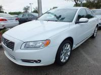 2010 VOLVO S80 Sedan Our Location is: Suburban Volvo
