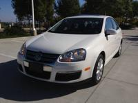 Don't miss out on this deal. This VW Jetta is a great