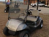 2010 Yamaha drive gas golf cart with new tire & wheel