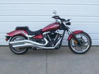 2010 Yamaha Raider is like new with only 1007 miles and