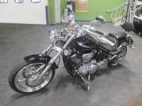 SUPER CLEAN 2010 YAMAHA RAIDER S WITH ONLY 2,560 MILES!