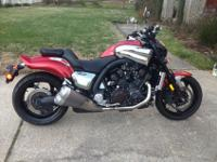 Im offering 2010 VMax. Im the second owner. This bike