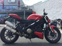 the Streetfighter s superbike soul combines fighter