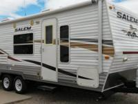 LIKE NEW 2010 FOREST RIVER SALEM CALIFORNIA MODEL