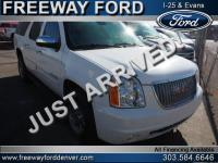 Summit White 2010 GMC Yukon XL SLT 1500 4WD 6-Speed