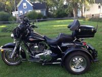2010 HARLEY DAVIDSON FLHTC IN MINT CONDITION WITH A