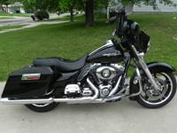 2010 Harley Streetglide for sale. This bike has a