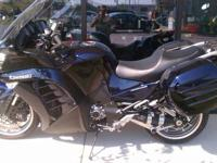 PRE-OWNED 2010 KAWASAKI CONCOURS ABS. I am the second