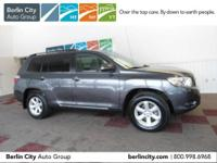 One owner 2010 TOYOTA HIGHLANDER 4WD,one owner,locally