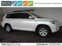 One owner 2010 TOYOTA HIGHLANDER SE 4WD,locally loved