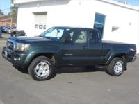TRD OFF ROAD PACKAGE 4X4 TACOMA!! Our 2010 Toyota