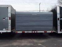 2010 Triton Trailers 12' Clamshell Like new condition