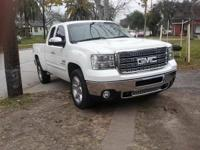 im selling 2011- 2014 denali hd bumpers, hoods and