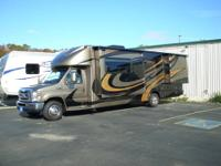 2011 Four Winds 29BG Chateau Citation B+ motor home