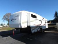* 2011 36' CAMEO BY CARRIAGE LXI 5TH WHEEL SERIES M-36