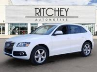New Price! Clean CARFAX. quattro **CLEAN VEHICLE