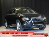 3.2L V6 FSI DOHC, Black w/Leather Seating Surfaces,
