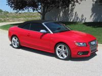 1-owner-3,900 miles-Like New!S5 Quattro S-Tiptronic