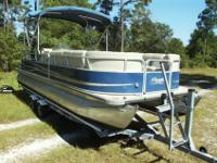 2011 Bentley 240 Cruise Encore SE Pontoon. She is