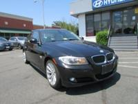 2011 BMW 3 Series 328i xDrive In Black * BLUETOOTH * *