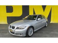 2011 BMW 3 Series 335d - Sunroof/Moonroof, Leather