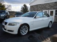 www.PrpspectPointeMotorCars.com This 2011 BMW 328i