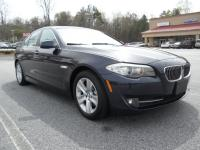 Gorgeous. Well Optioned BMW 528i Luxury Sedan ! Deep