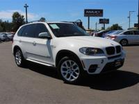 **LEATHER INTERIOR** and **NAVIGATION**. X5 xDrive35i