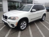 Exterior Color: white, Body: SUV, Engine: 3.0L I6 24V