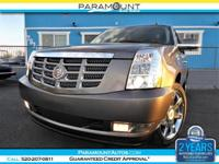 LOADED GORGEOUS 2011 CADILLAC ESCALADE ESV PREMIUM