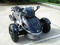 Amazing 2011 Can Am Spyder Sm5 RSS It is full of power