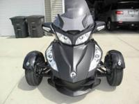 Well cared for Can-Am Spyder. Semi-Automatic with new