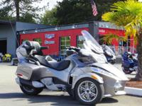 2011 Can-Am Spyder RT-S SM5 2011 Can-Am Spyder RT-S SM5
