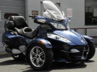THIS CAN-AM SPYDER IS SPOTLESS!  LOW LOW LOW MILES