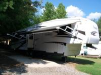 2011 Carriage Cameo LXI. This 5th wheel is located in