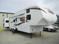 2011 Chaparral by Coachmen 330FBH GREAT LATE MODEL