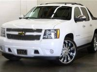 2011 Chevrolet Avalanche 2WD Crew Cab LS Truck