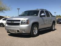 Clean CARFAX. 6-Speed Automatic.  2011 Chevrolet