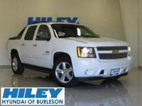2011 Chevy Avalanche 1500 LT 5.3L V8 4WD. Automatic.